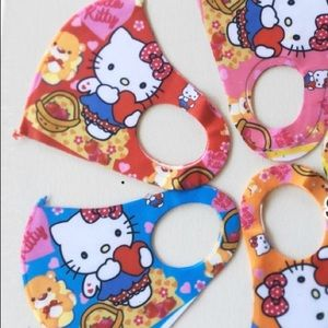 Hello Kitty Face Mask Size 4-10